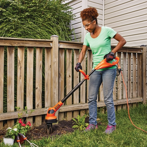 Black and Decker - Corded Garden Cultivator - GC150