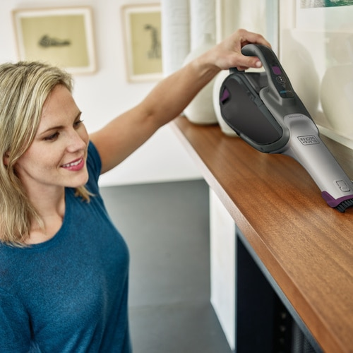 Black and Decker - dustbuster Hand Vacuum Titanium with Eggplant accents with SMARTECH - HHVJ315JMF71