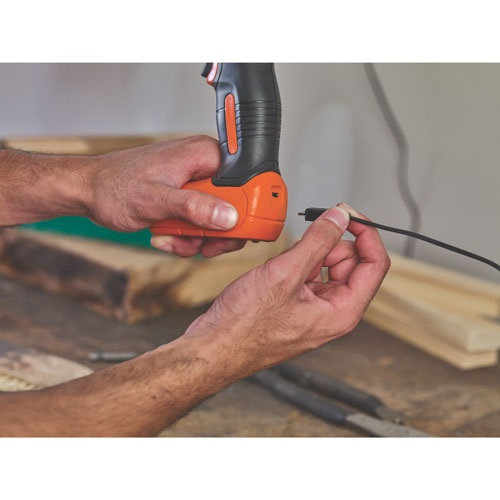 Black and Decker - 8V MAX Cordless Lithium Drill - BDCD8C