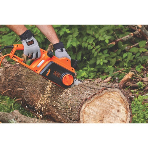 Black and Decker - 12 Amp 16 in Chainsaw - CS1216
