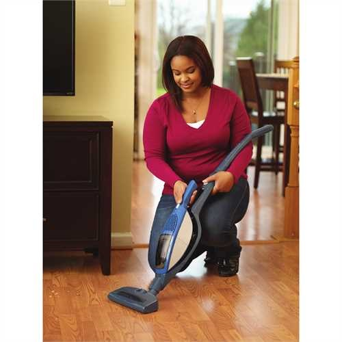 Black and Decker - 144V DUSTBUSTER 2n1 Stick Vac - DB1440SV