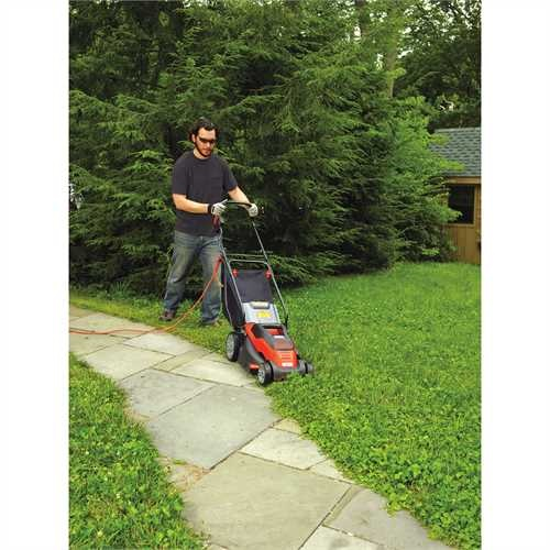 Black and Decker - 10 Amp 15 in Electric Mower - EM1500