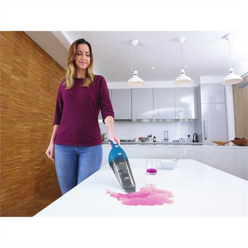 Black and Decker - dustbuster Hand Vacuum WetDry Blue - HNV215BW52