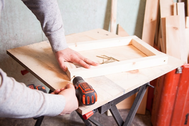 Assemble Shelf Supports